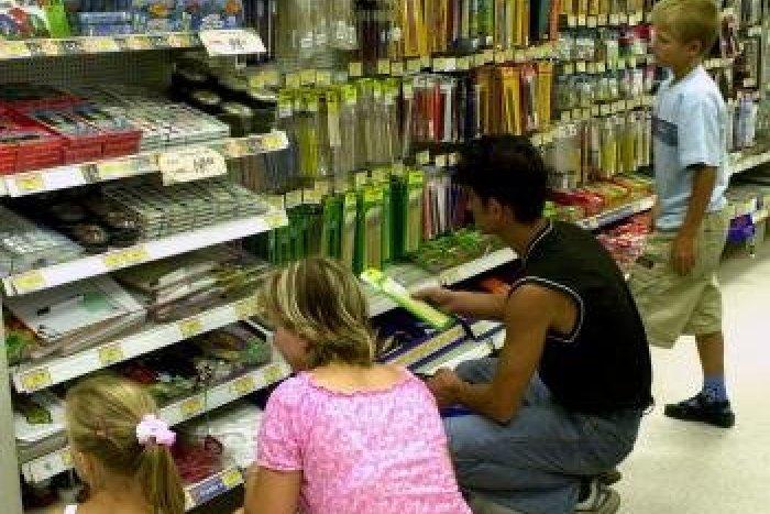 080a95262e Ilustračný obrázok k článku Veľký prehľad cien  Koľko zaplatíme za školské  pomôcky vo Zvolene
