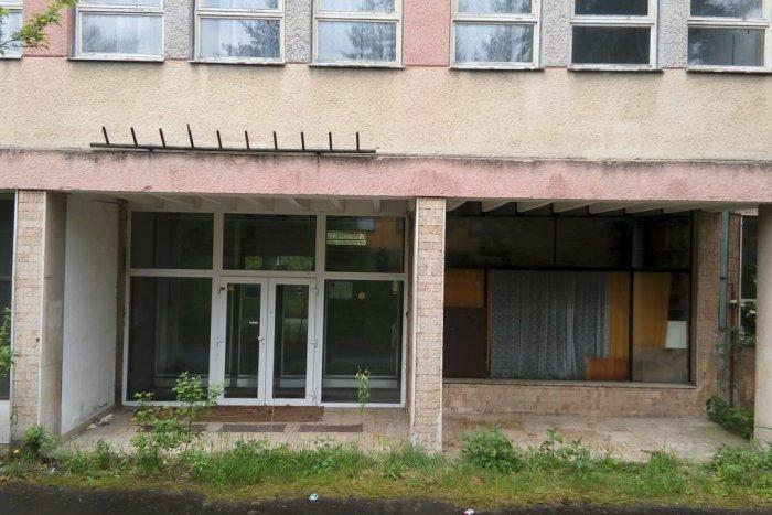 FOTO  Oslávila by 50tku 964c207264b